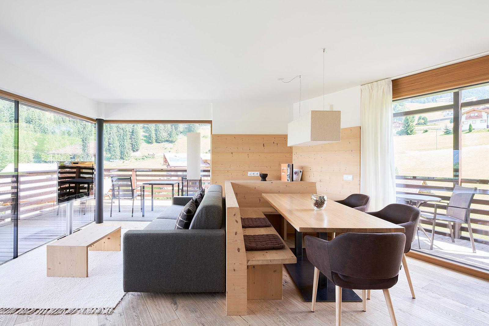 Vasca Da Bagno A Vista Prezzi : Design moderno e lifestyle alpino al saleghes mountain residence a